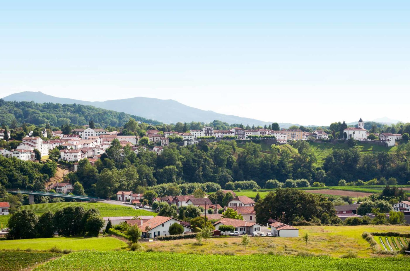 Cambo Les Bains Vue Basse Village Alex Gaztelumendi